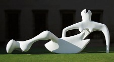 »  Henry Moore: Reclining figure, 1951 · © Copyright Werner Popken.  Alle Kunstwerke / all artwork © CC BY-SA